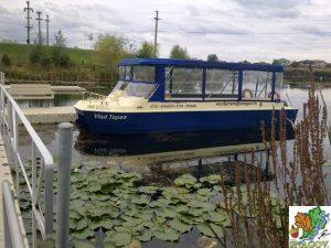 Circuit pe lac (plimbare) cu Vaporașul Vlad Țepeș (12 pasageri) * Doar vă recomandăm furnizorul * Pret de listă (informativ): 45lei/ora/pasager (cu audio-ghid inclus)