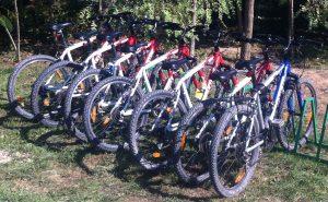 """7 biciclete MTB marca TREK 3600 de 26"""" aflate în permanență în locație (și pentru grupuri putem aduce - la cerere - până la 40 de bucăți în 2-10 zile)"""