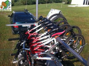 Maxim 14 biciclete pot fi transportate cu remorca la o adresă convenită